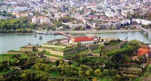 Трансфер в Нови Сад (Сербия): http://transfer-avto.com/transfer-v-serbiyu/397-transfer-v-novi-sad-serbiya.html